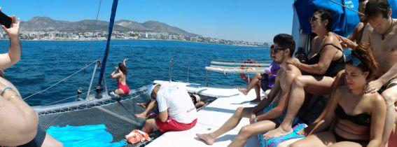 Paseo en barco con masaje
